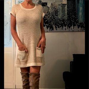 Sweater dress beige short-sleeve M